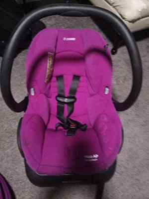 Maxi cosbi ap car seat for Sale in Fayetteville, AR