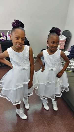Flower girl dresses for Sale in Raleigh, NC