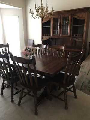Solid wood Dining Table and Hutch for Sale in Saint Charles, MO