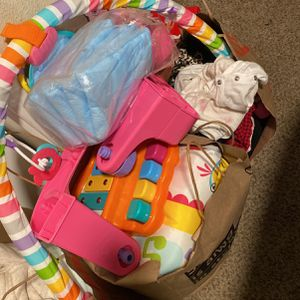 Free Baby Toys Free Baby Clothes Months 6-9 12 -18 Months for Sale in Salinas, CA