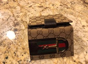 Gucci wallet for Sale in Spring, TX