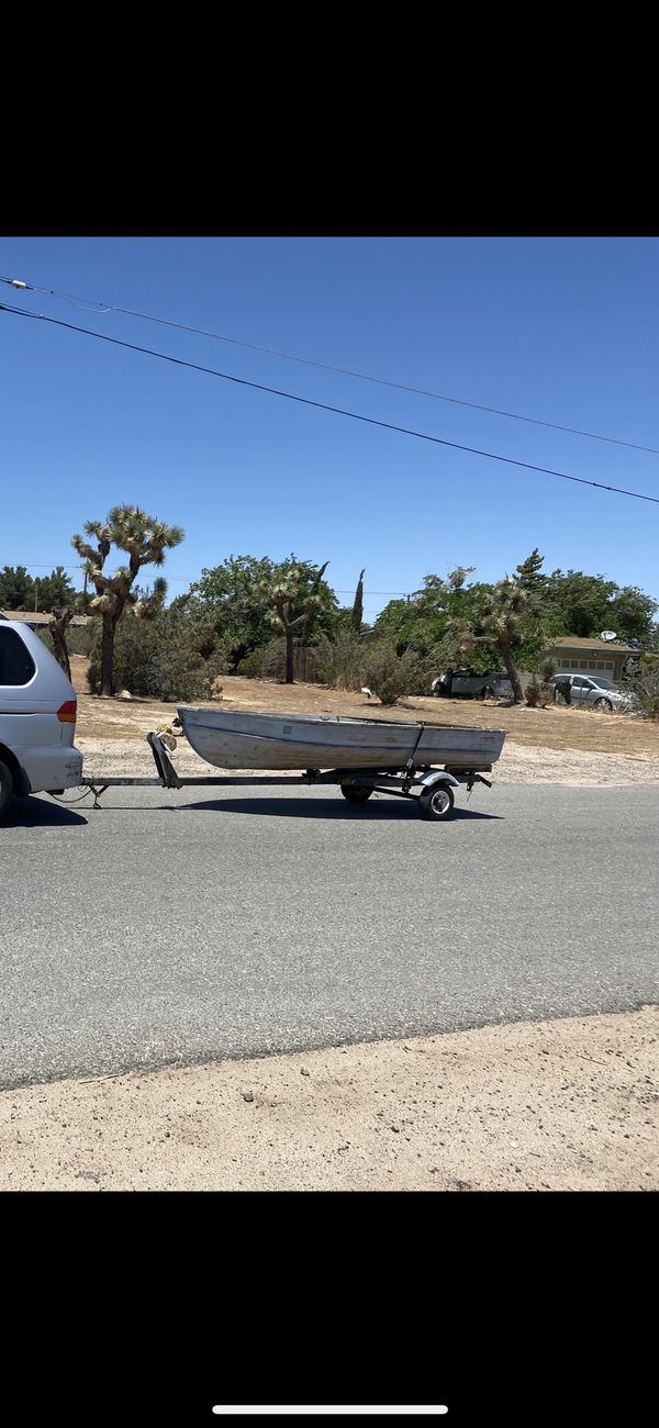 12 ft aluminum fishing boat