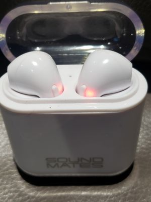 SOUND MATES WIRELESS HEADPHONES EARBUDS for Sale in Columbus, OH