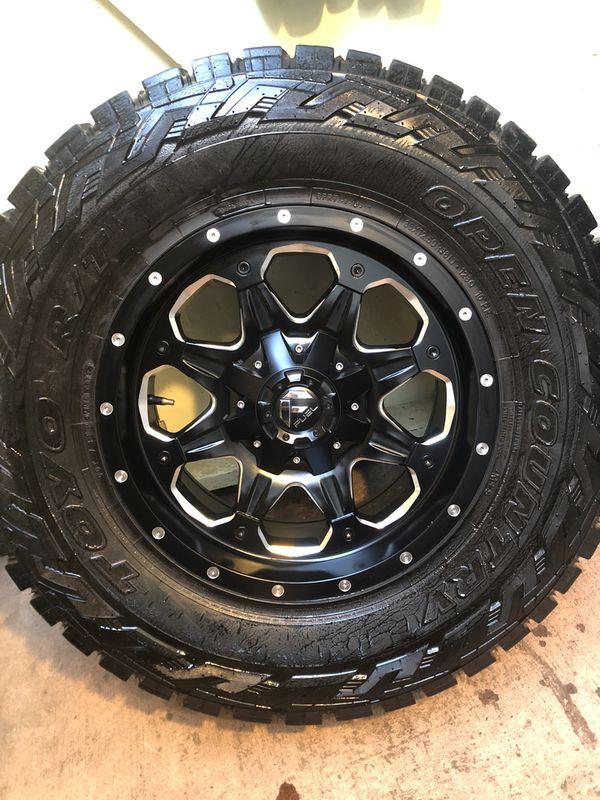 18 fuel rims an tires toyo
