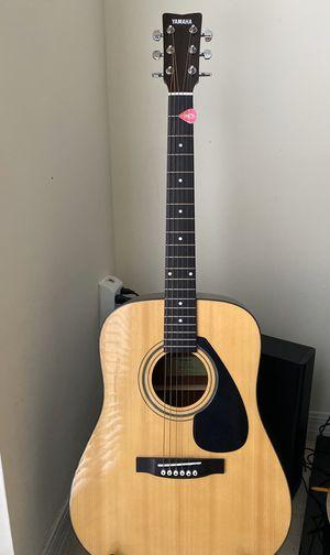 Yamaha Acoustic guitar for Sale in Doral, FL