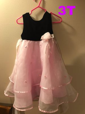 Little girl dresses for Sale in Chicago, IL