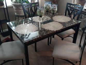 Faux Marble, Wrought Iron, 5 pc Dining Set for Sale in Elyria,  OH