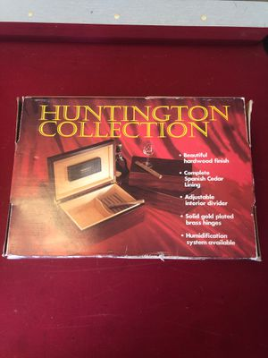 Huntington Collection Cigar Box With Humidifier for Sale in Los Alamitos, CA