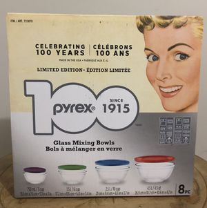 Pyrex Limited Edition Glass Mixing Bowls with Lids, 8 Piece Set (NEW in Box) for Sale in Miami, FL
