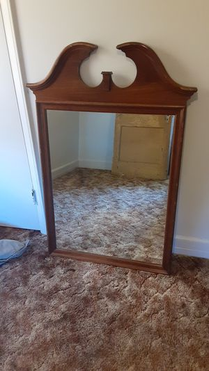 Antique Kling Mirror for Sale in Independence, MO