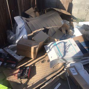 Free Cardboard for Sale in Pomona, CA