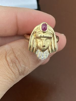 RUBY DIAMOND 14K YELLOW GOLD ANCIENT EGYPTIAN QUEEN PRINCESS RING SIZE 7 for Sale in Quincy, MA