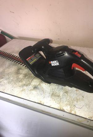 Black & decker trimmer for Sale in Baytown, TX