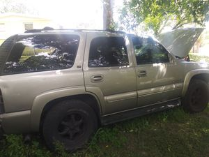 2000-06 chevy tahoe parts for Sale in Tampa, FL