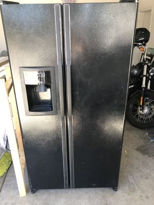 LG Refrigerator for Sale in Phoenix, AZ