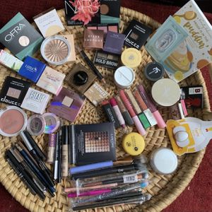 NEW - Cosmetics Mystery Bags - 1 Of 6 for Sale in Highland, CA