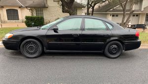 Good looking and driving 2006 Ford Taurus SE for Sale in Austin, TX