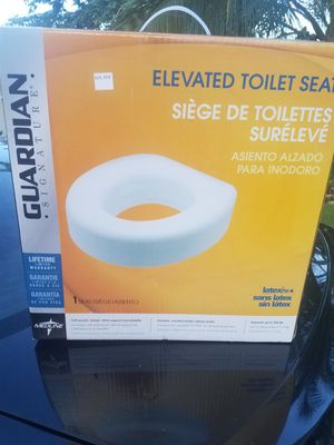 Toilet seat booster for Sale in Fort Lauderdale, FL
