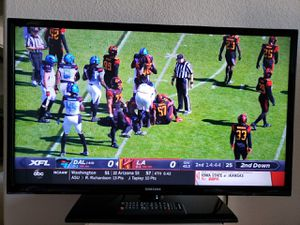 Samsung TV 32 inch plus other TVs for Sale in Glendale, AZ