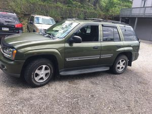 Nice 02 Chevy Trailblazer 4wd for Sale in Pittsburgh, PA