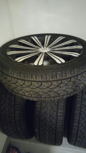 22 inch Like new rims for Sale in Atlanta, GA