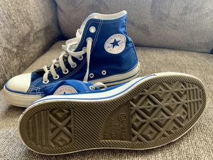 Pre owned high top converse men's 7.5 women's 9.5 for Sale in Hanover, MD