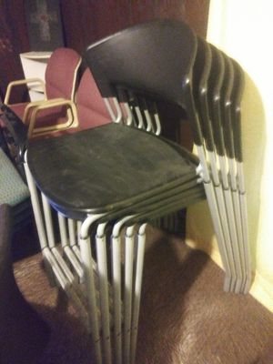 FIVE MATCHING STACKABLE HIGH SITTING CHAIRS for Sale in Tampa, FL