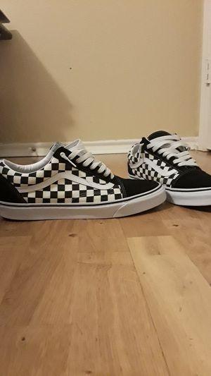 Old skool black checkerboard vans for Sale in Arlington, TX