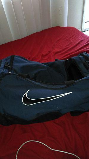 NIKE Duffle Bag 30$ for Sale in Phoenix, AZ