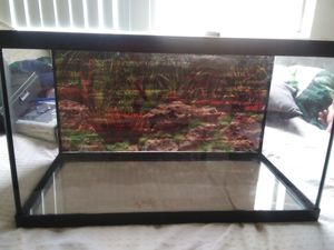 Anybody want to buy a fish tank for Sale in Anaheim, CA