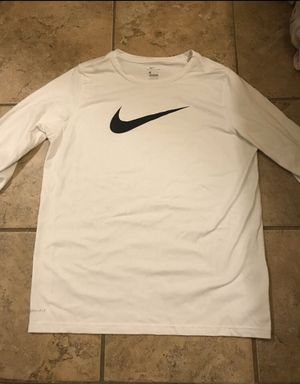 Nike DriFit long sleeve for Sale in Gaithersburg, MD