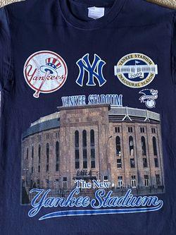New 2009 Yankees Opening Day Tee Medium for Sale in Douglasville,  GA