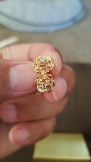 18k rose and diamond earrings. for Sale in Woodland, CA