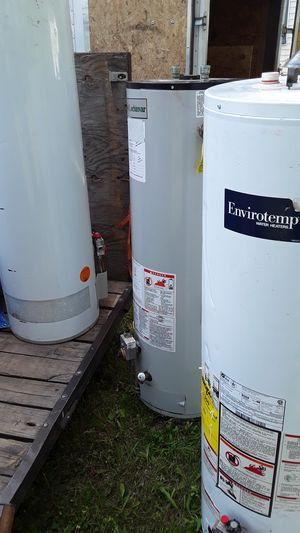 40 gallon hot water heater repairs and installs for Sale in Detroit, MI