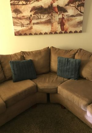 Couch for sale, pillows included for Sale in Columbus, OH