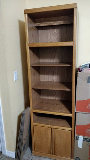 Bookcase for Sale in Saint Cloud, FL