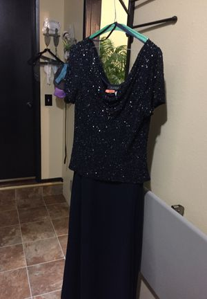 Mother of bride navy formal for Sale in Newberg, OR