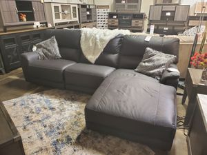 3 PC Power Reclining Sectional, Black for Sale in Huntington Beach, CA