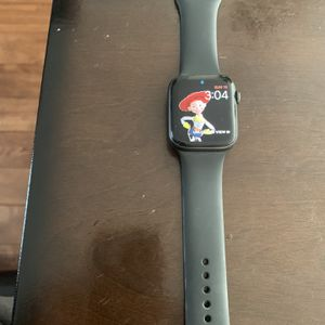 Apple Series 4 Smart Watch for Sale in Spring Hill, TN