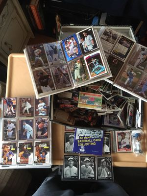 Shoebox full of baseball cards and baseball books for Sale in Sebring, FL