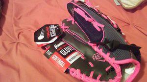Softball glove for Sale in Norfolk, VA