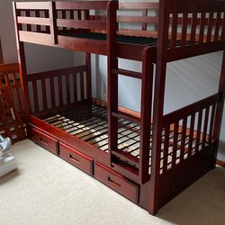 Bunk Bed In Great Condition for Sale in North Royalton,  OH