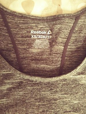 Woman's Reebok Shirt for Sale in St. Louis, MO