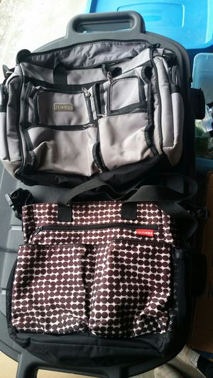 2 diaper bags for Sale in Vancouver, WA