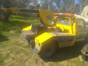 Ford f350 tow truck for Sale in Winchester, CA