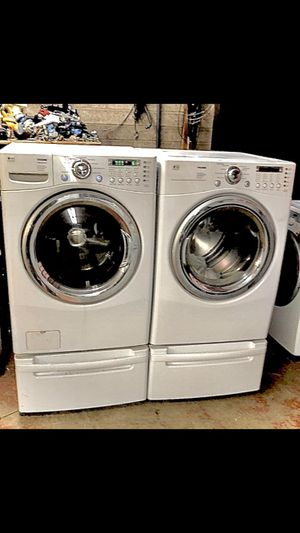 LG WASHER AND DRYER SET for Sale in Pleasant Grove, UT