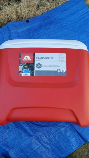 Igloo island breeze cooler for Sale in Westminster, CA