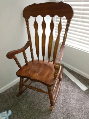 Rocking chair for Sale in Tulsa, OK