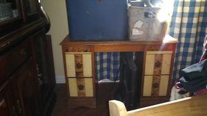 Desk/vanity for Sale in Warner Robins, GA