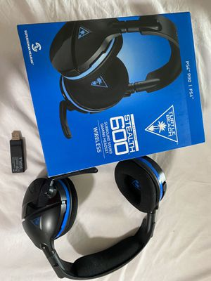 Turtle beach 600 ps4 gaming headset for Sale in Parkland, WA